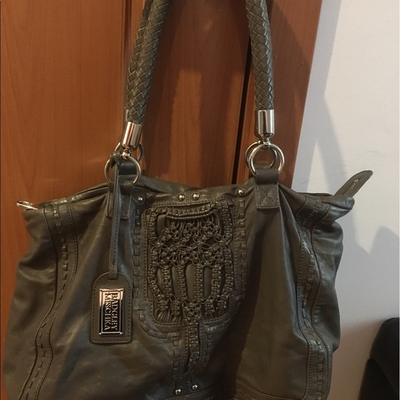 8f2e8e681e4 Badgley Mischka Bags   Shoulder Bag   Poshmark
